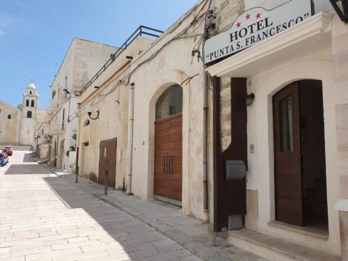 Hotel nel centro storico di Vieste sul Gargano - Hotel Punta San Francesco - esterni - 08